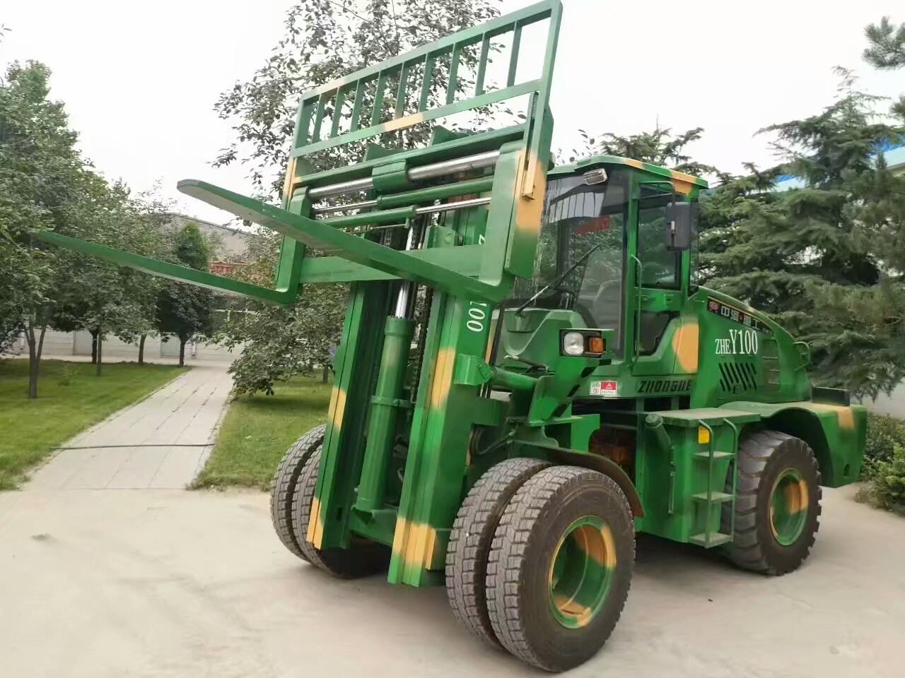 CE Port Handling Equipments 3000kg Rated Loading Capacity Max. Lifting Height 6000mm